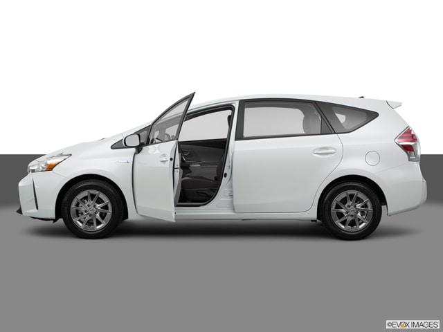 2015 Toyota Prius v Two Wagon