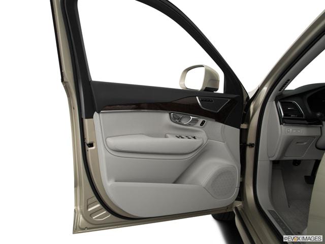2016 Volvo XC90 Hybrid SUV