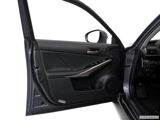 2017 Lexus IS 200t Sedan