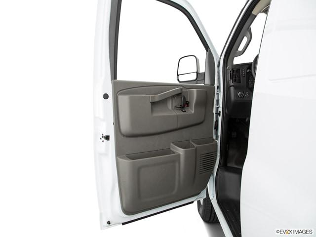 2017 GMC Savana 3500 Van
