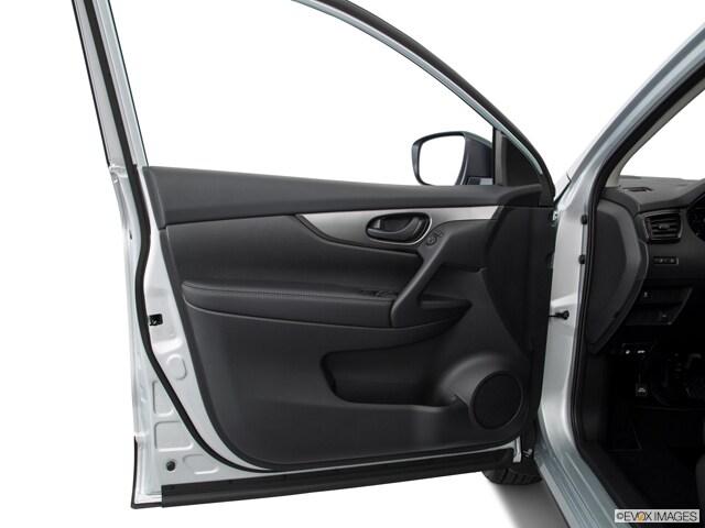 2017 Nissan Rogue Sport SUV