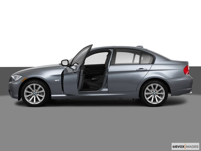 2011 BMW 3 Series 4dr Sdn 328i Xdrive AWD Car
