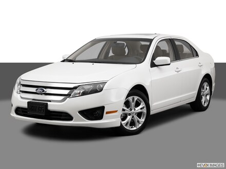 2012 Ford Fusion SE Mid-Size Car