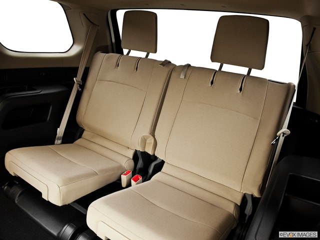 2014 toyota rav 3rd row autos post. Black Bedroom Furniture Sets. Home Design Ideas