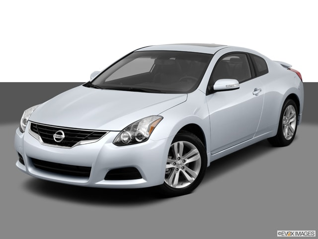 Nissan Altima Coupe Coupe 2013 Nissan Altima