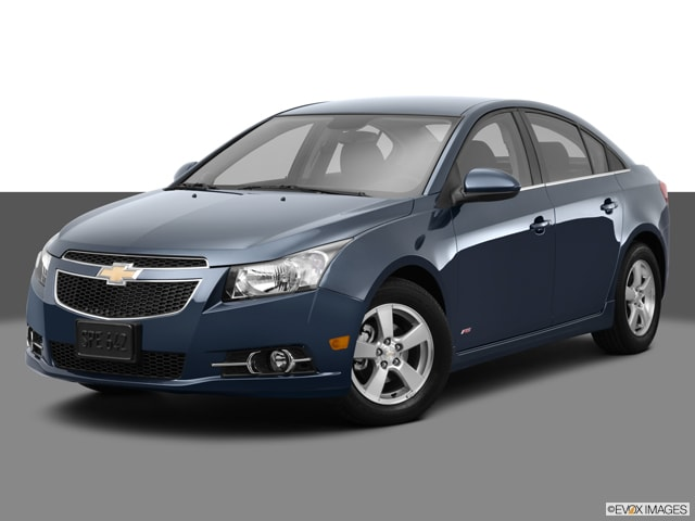 2013 chevrolet cruze specs 4 door sedan 2lt fuel autos post. Black Bedroom Furniture Sets. Home Design Ideas