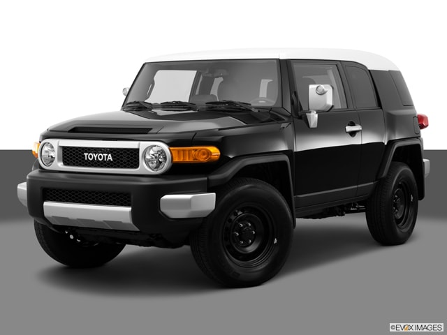 2014 Toyota FJ Cruiser AT 4WD V6 SUV