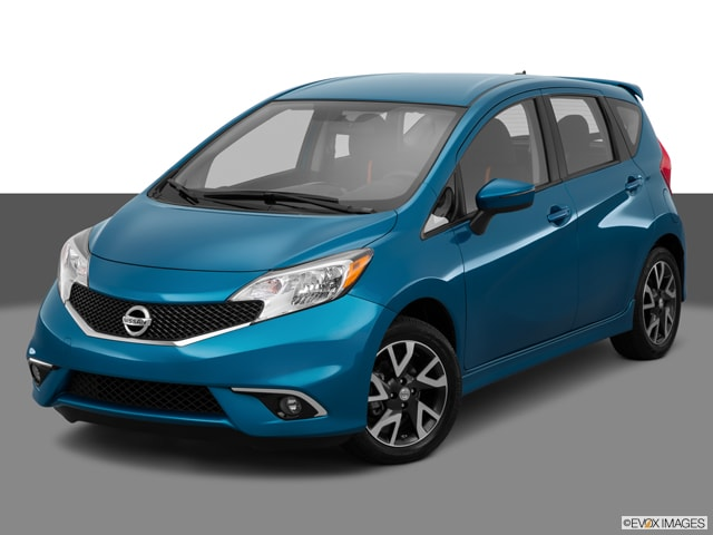 2015 nissan versa note hatchback model showroom toledo oh. Black Bedroom Furniture Sets. Home Design Ideas