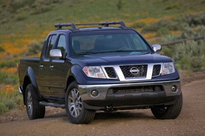 compare 2012 nissan frontier