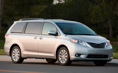 Superior Acura on 2012 Toyota Sienna   Fremont
