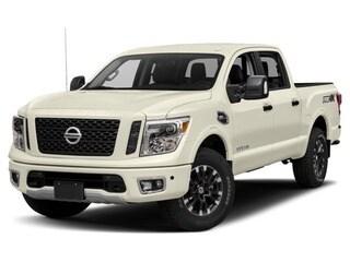 2018 Nissan Titan Truck Pearl White