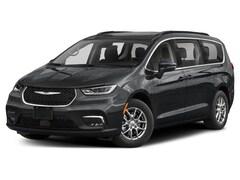 2021 Chrysler Pacifica Touring-L Plus Van