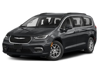 New 2021 Chrysler Pacifica Touring-L Plus Van for Sale in Hinton