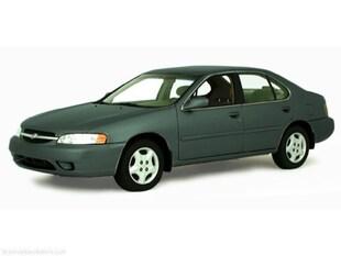 2000 Nissan Altima GXE ONE OWNER! LOW MILEAGE! Sedan