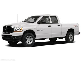 2008 Dodge Ram 1500 ST/SXT 4x4 Quad Cab 140.5 in. WB for sale in Nanaimo, BC
