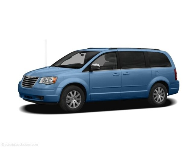 Pre-Owned 2009 Chrysler Town & Country Touring Van in Wetaskiwin