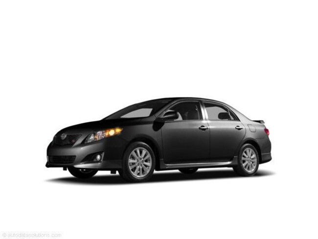 2009 Toyota Corolla LE: Damage Free, Great on Gas. Sedan