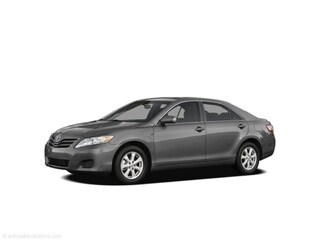 2010 Toyota Camry SE: Accident Free, Bluetooth. Sedan
