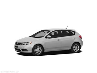 2011 Kia Forte5 2.0L EX | Attractive | Fuel Efficient Hatchback