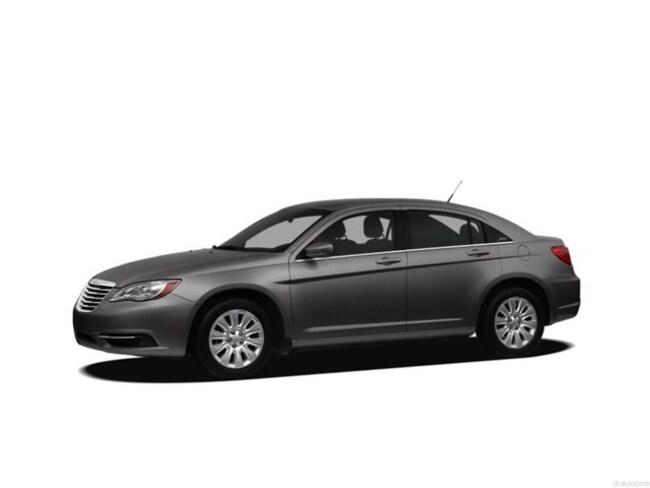 2012 Chrysler 200 LX Sedan