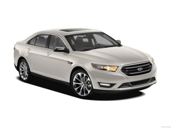 2013 Ford Taurus SEL Car