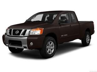 2013 Nissan Titan Truck King Cab