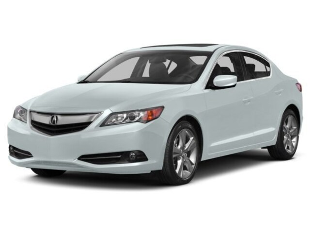 2014 Acura ILX Base w/Technology Package Sedan