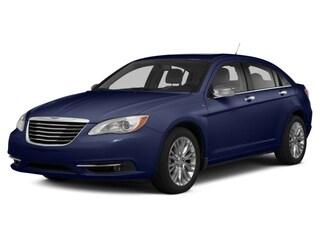 2014 Chrysler 200 LX Car