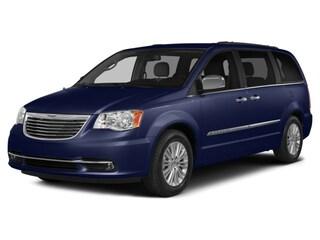 2014 Chrysler Town & Country Touring Minivan
