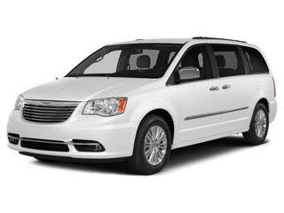 2014 Chrysler Town & Country Limited Van