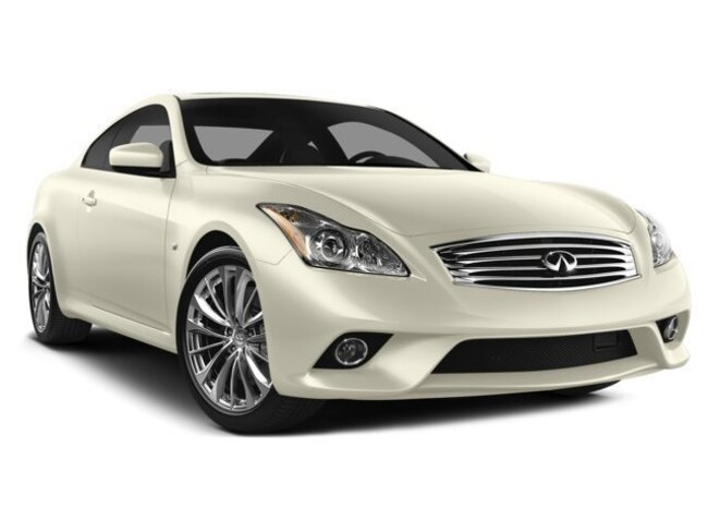 2014 INFINITI Q60 Coupe WAS $53900 - Sport AWD - AMAZING KMs. Car