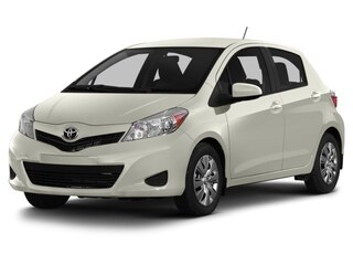 2014 Toyota Yaris SE - Local - Sporty - Fuel Efficient - Great Deal Hatchback