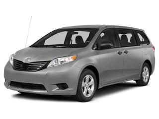 2014 Toyota Sienna LE FWD Van