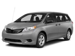 2014 Toyota Sienna XLE 7 Passenger Local Victoria