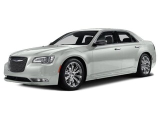 2015 Chrysler 300C Platinum AWD Toit Panoramique Car