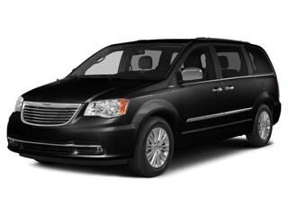 2015 Chrysler Town   Country Touring Van Passenger
