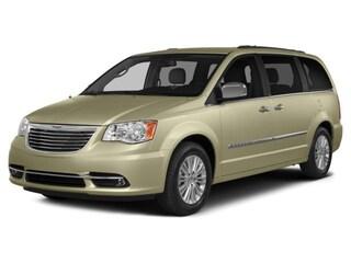 2015 Chrysler Town & Country Limited Van Passenger Van