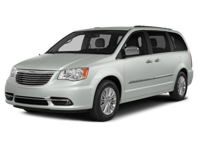 New 2015 Chrysler Town & Country Limited Van For Sale Whitecourt, AB