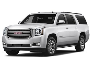 2015 GMC Yukon XL **8 pass seating! back up camera! front and rear park assist!**