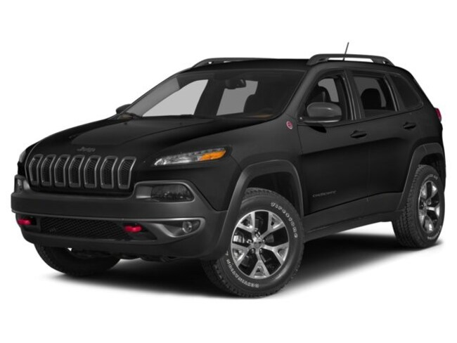 Used 2015 Jeep Cherokee Trailhawk SUV  Serving Winnipeg
