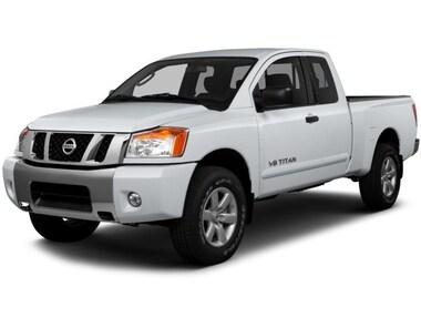 2015 Nissan Titan SV 4X4 SWB (KING) Truck King Cab