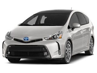 2015 Toyota Prius V 5DR HB Great Fuel Economy, No accidents Hatchback
