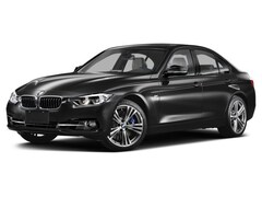 2016 BMW 320i xDrive Sedan (8E57) W/ Sunroof! Leather! Bluetooth Sedan