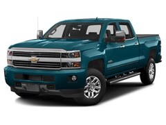 2017 Chevrolet Silverado 3500HD High Country Truck Crew Cab