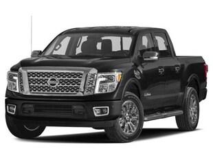 2017 Nissan Titan SL, Leather, Navigation, Heated Seats Truck Crew Cab