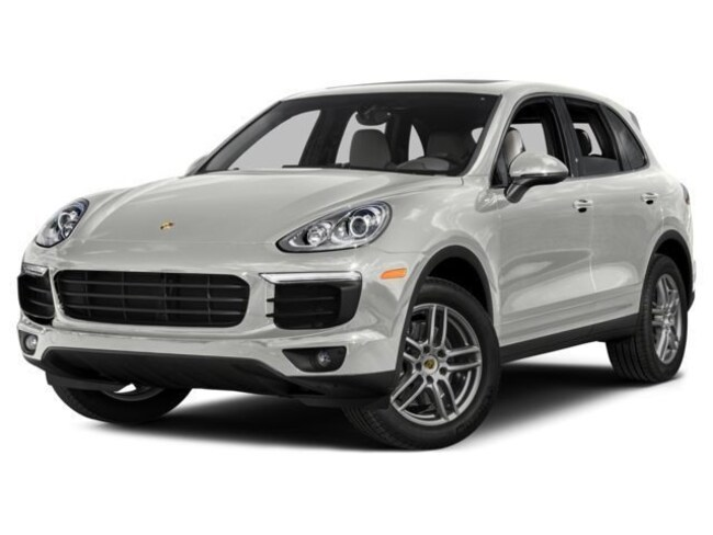 2017 Porsche Cayenne Base                             Pre-owned ve SUV
