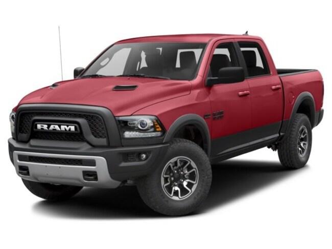 2017 Ram RAM 1500 Crew Cab 4x4 Rebel (140.5 WB - 5.7 Box)