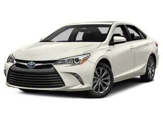 2017 Toyota Camry Hybrid SE Sedan