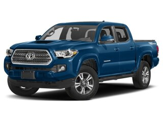2017 Toyota Tacoma 4x4 Double Cab: Standard Package. Truck Double Cab