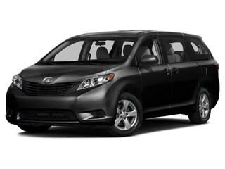 2017 Toyota Sienna BASE Van Passenger Van